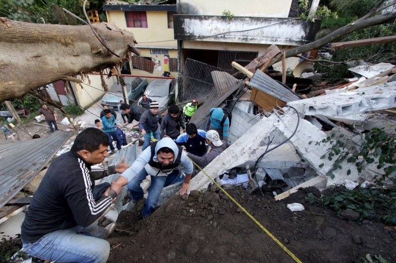 10_02_Guatemala_Mudslide_01