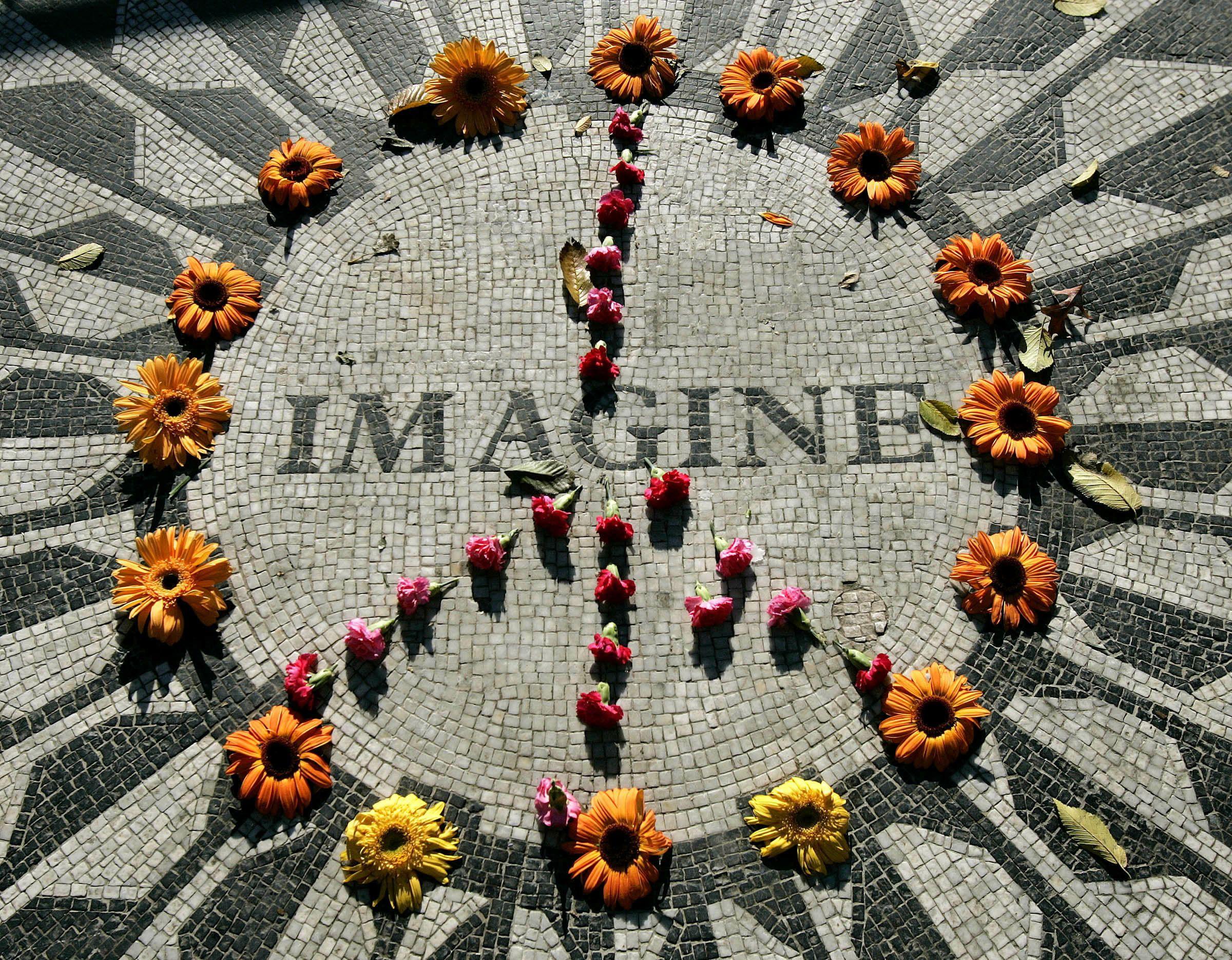 10_02_John_Lennon_Imagine_01