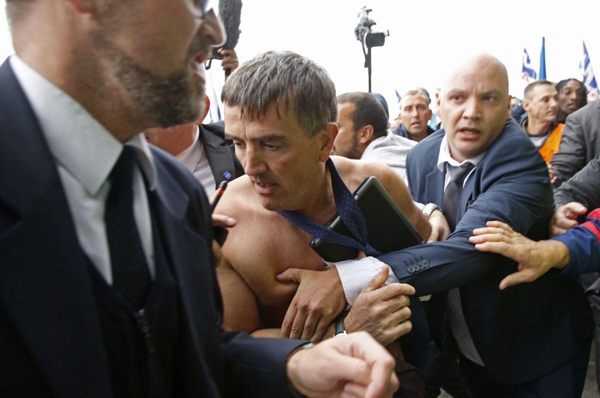 Air France executives attacked