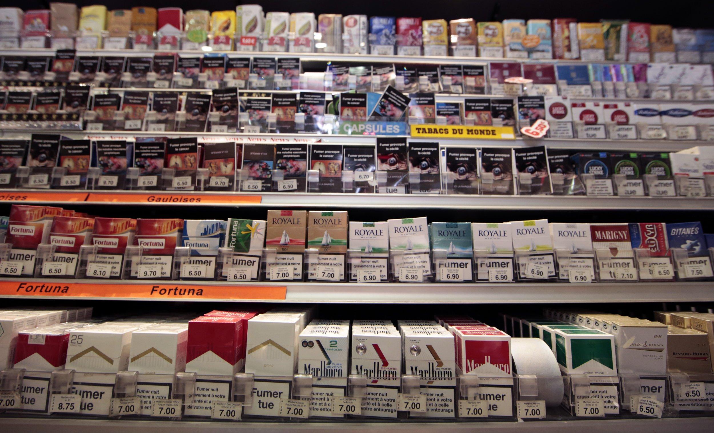 10_06_cigarette_packaging_01