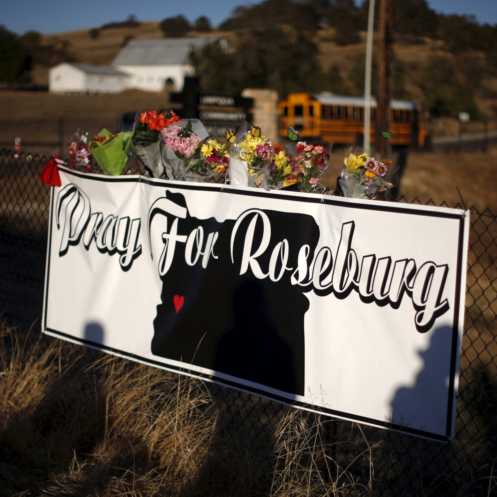 Detectives Who Engaged Oregon Shooter Identified