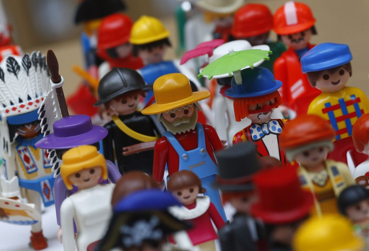 Playmobil 'Racist' Toy