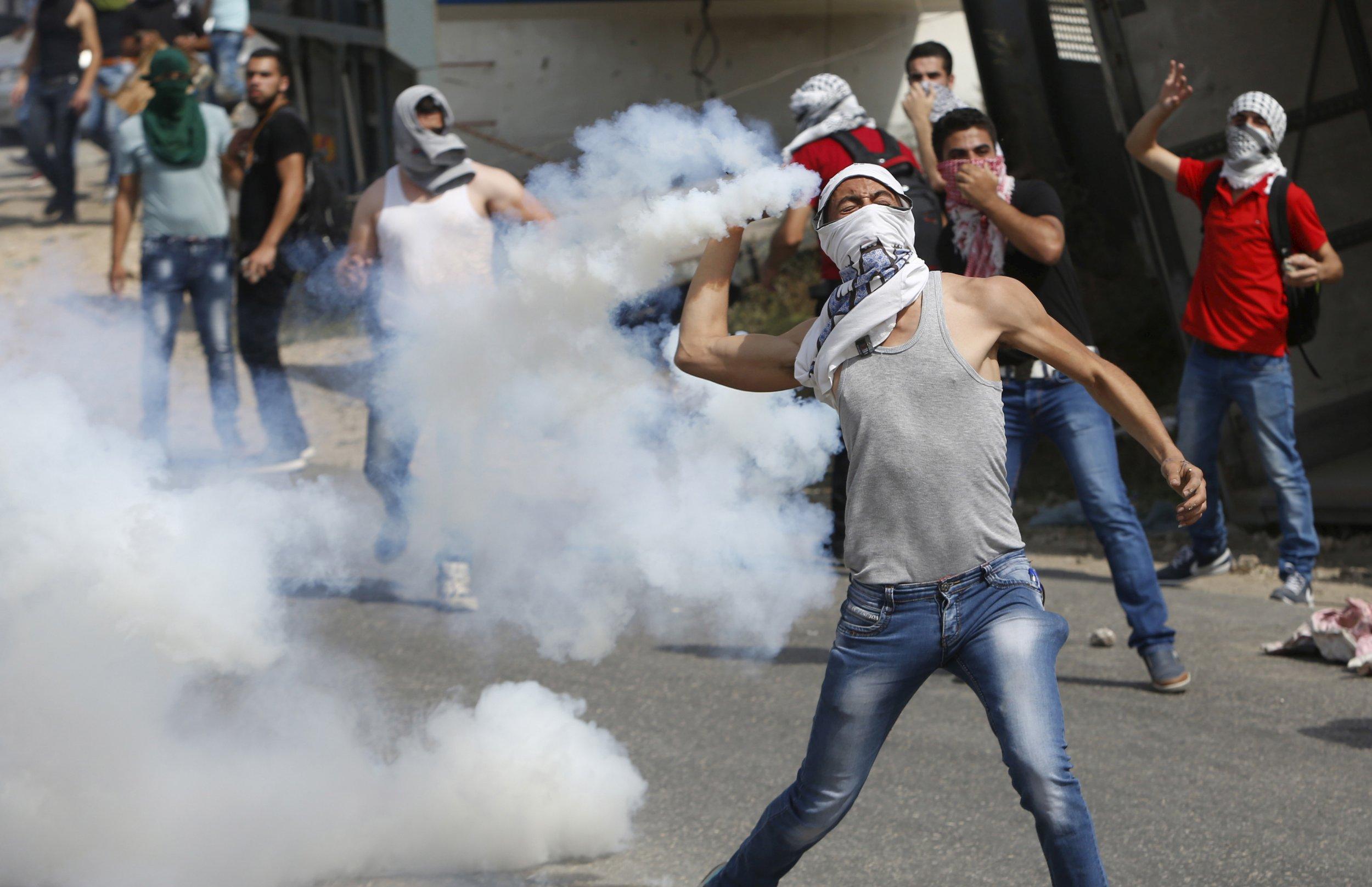 10_19_israel_violence_02