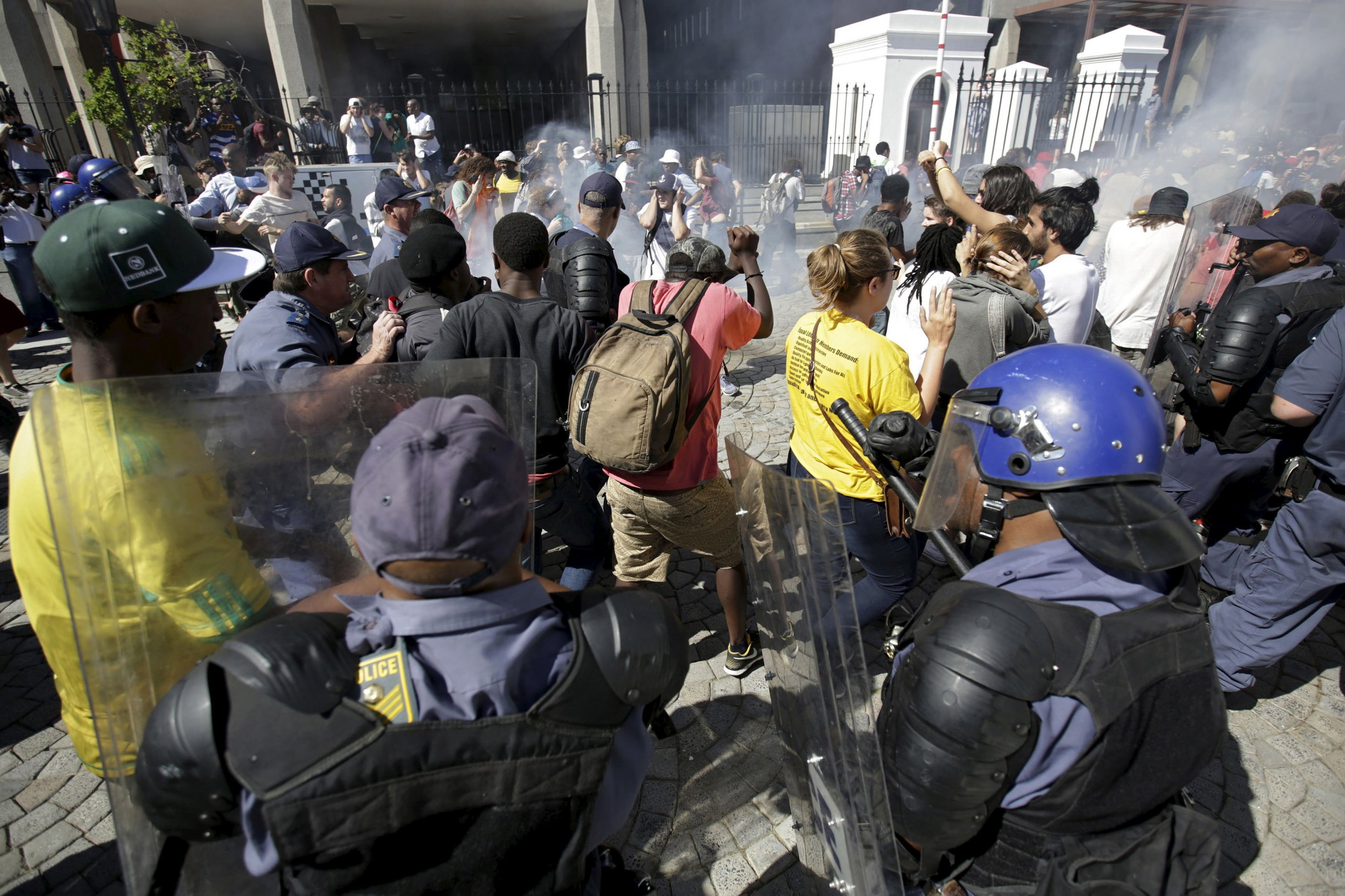 1022_South Africa Student Protests