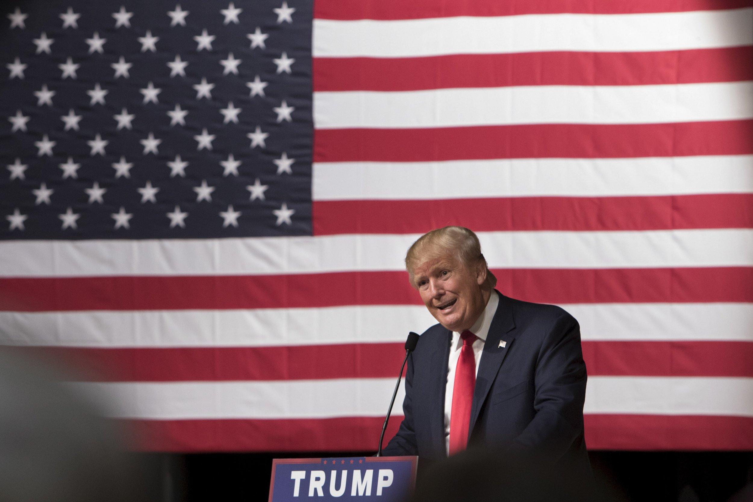 1023_Donald_Trump_denounces_super_PACs_01