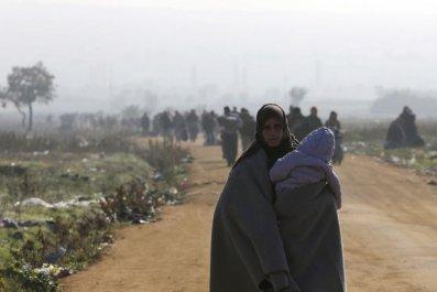 Juncker: Refugees at risk of freezing