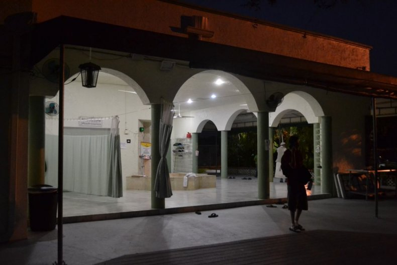 13_1029_westpalmbeach_mosque_1
