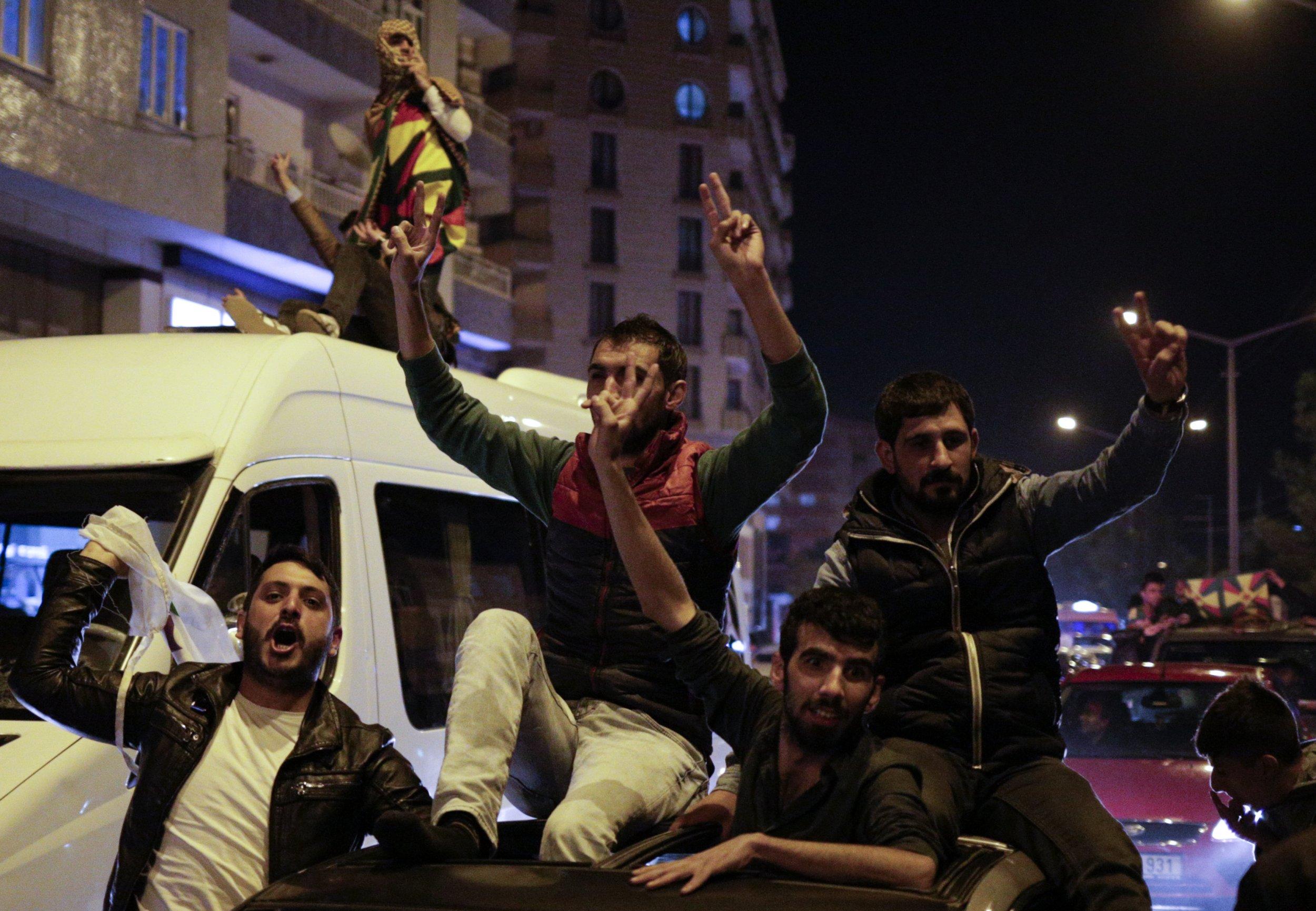 11_01_2015_turkey_kurds