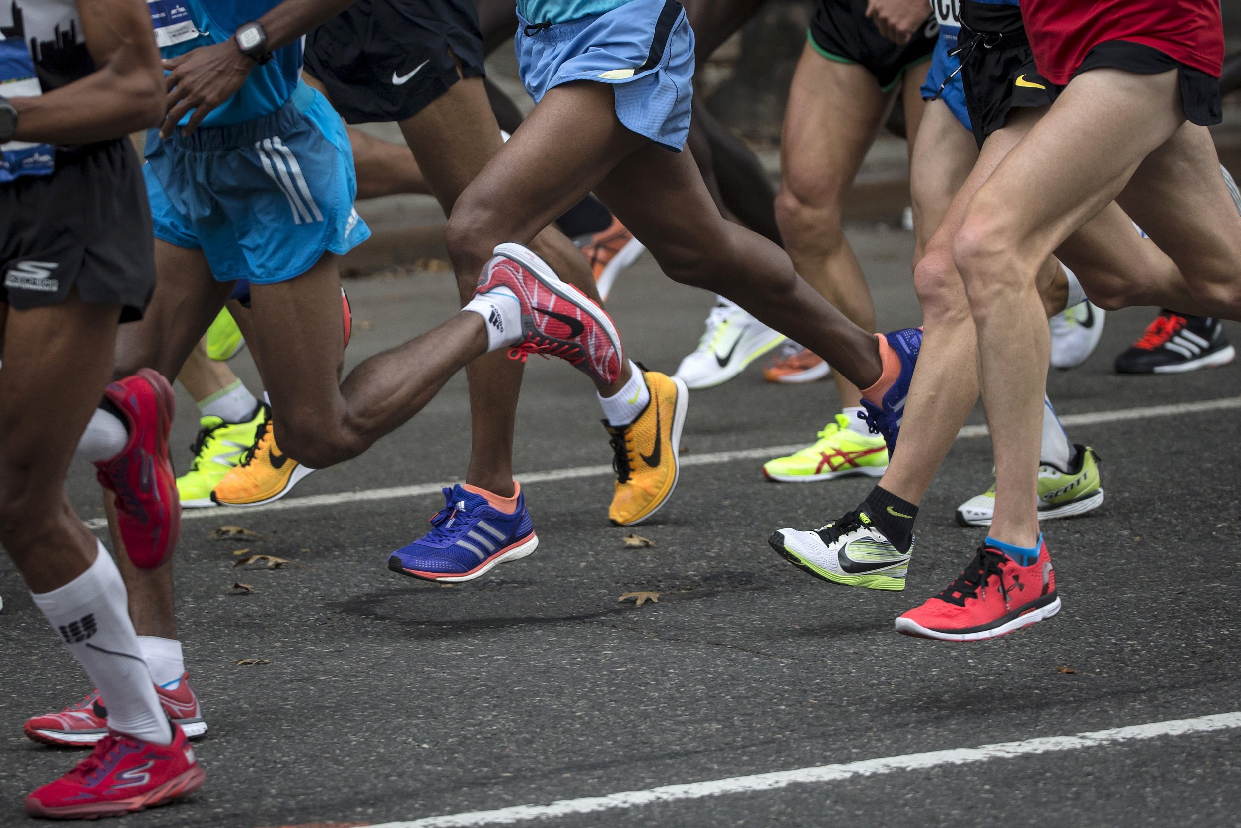 Kenyan Runners Take New York City Marathon Titles