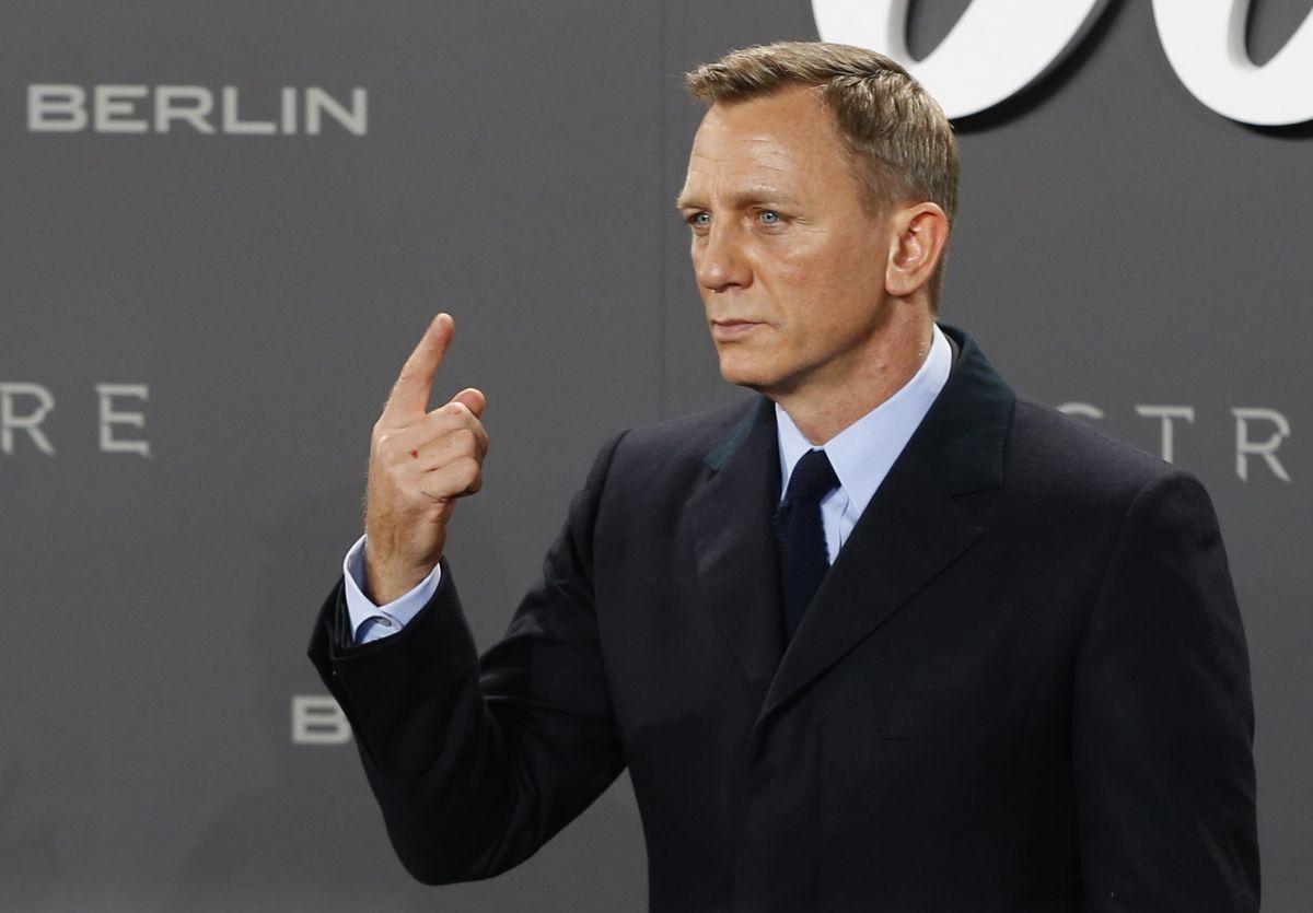 James Bond breaks records