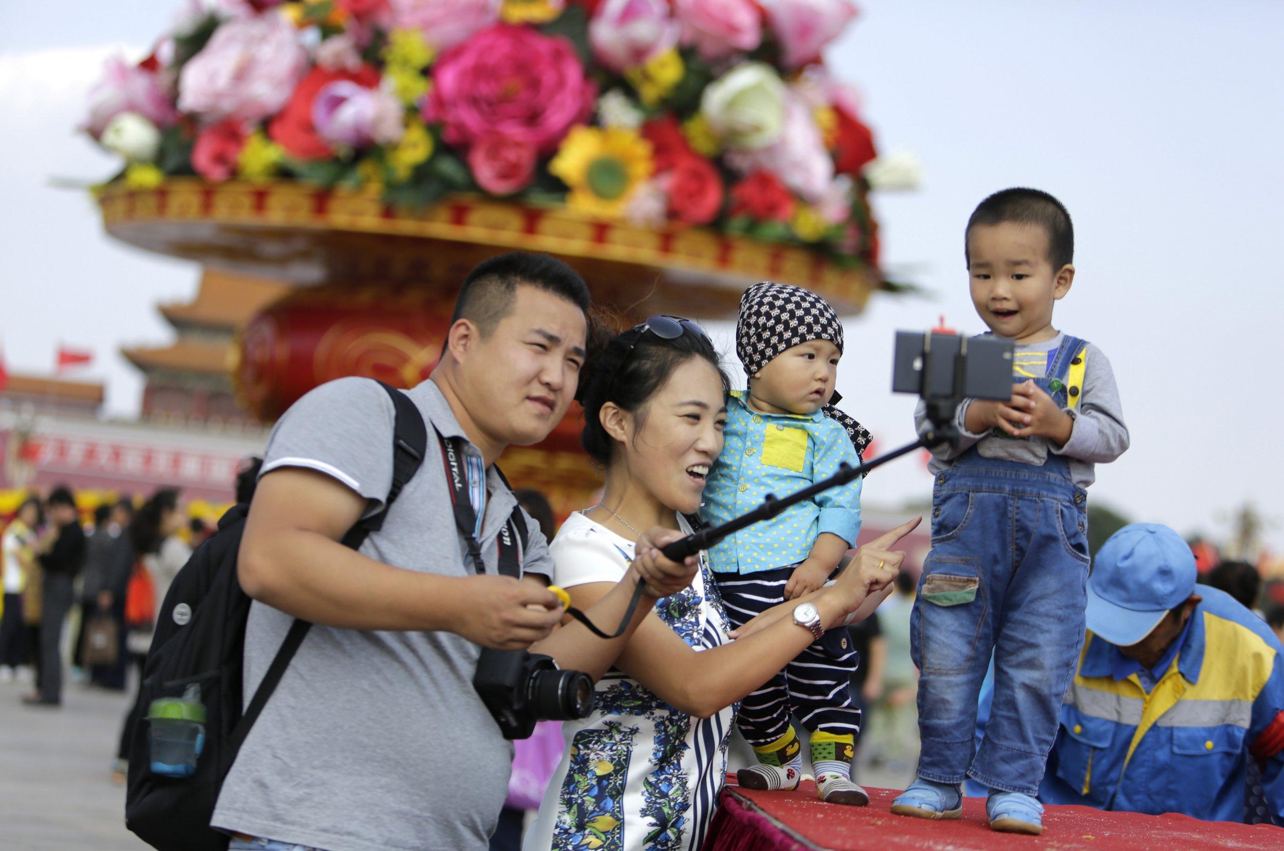 11_02_China_One_Child_01
