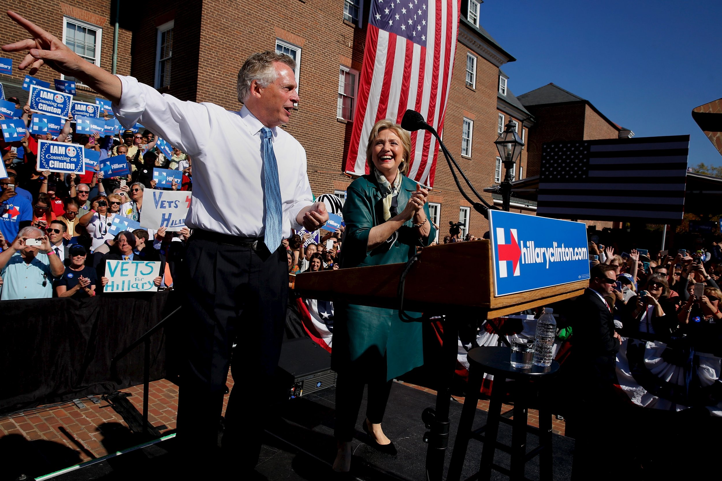 11_2_terrymcauliffe_clintonrally