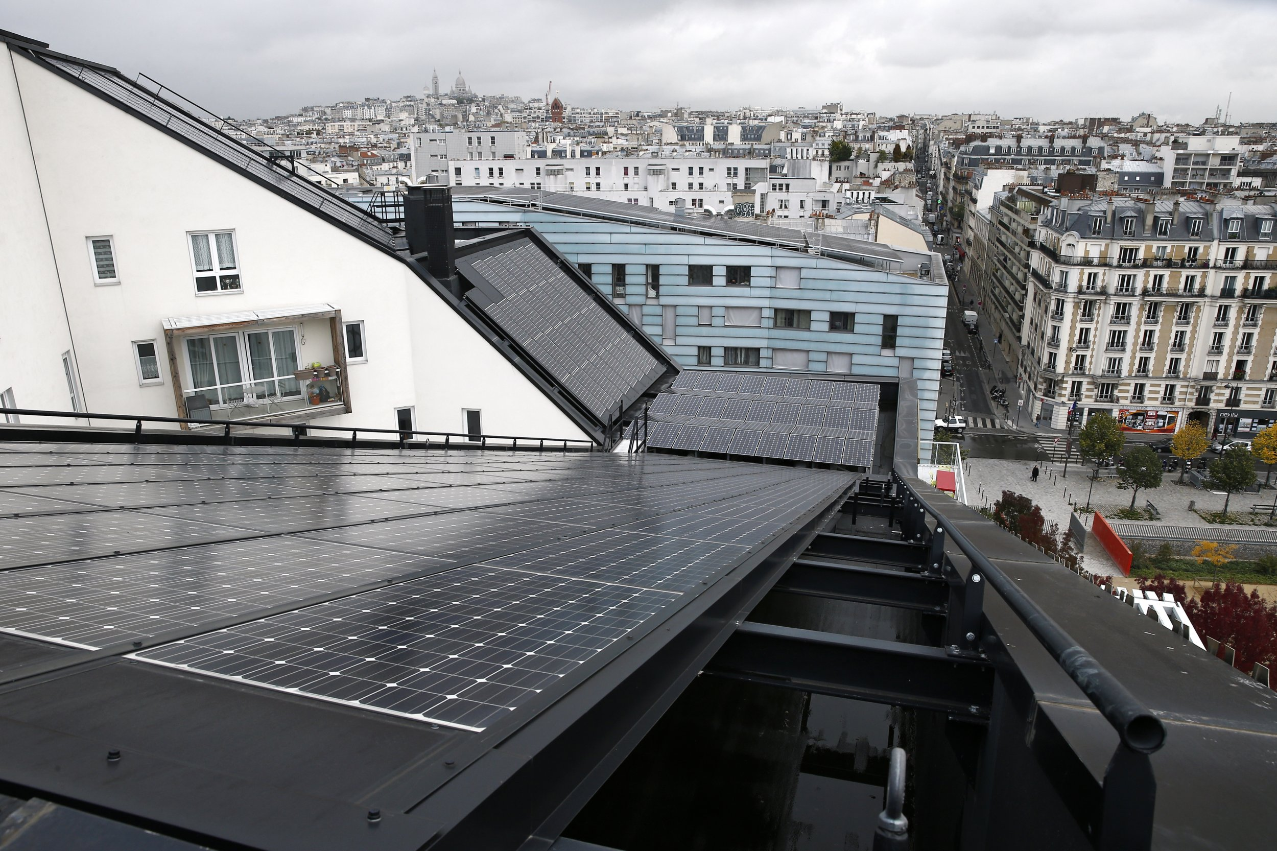 solar-panels-paris