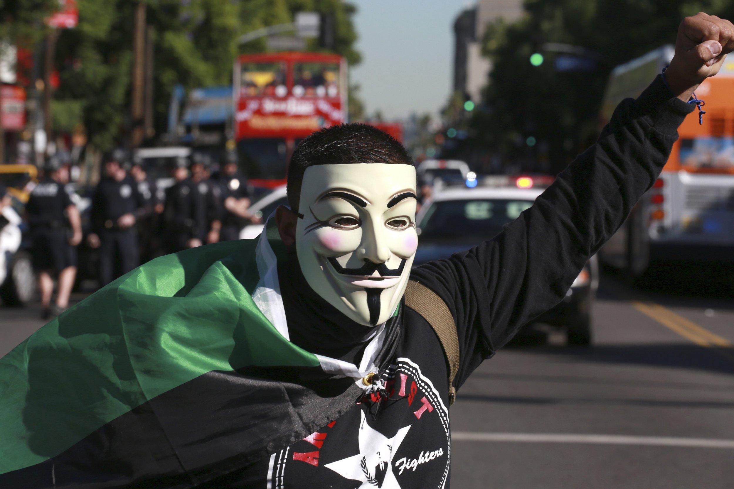 V for vendetta mask - 3 9