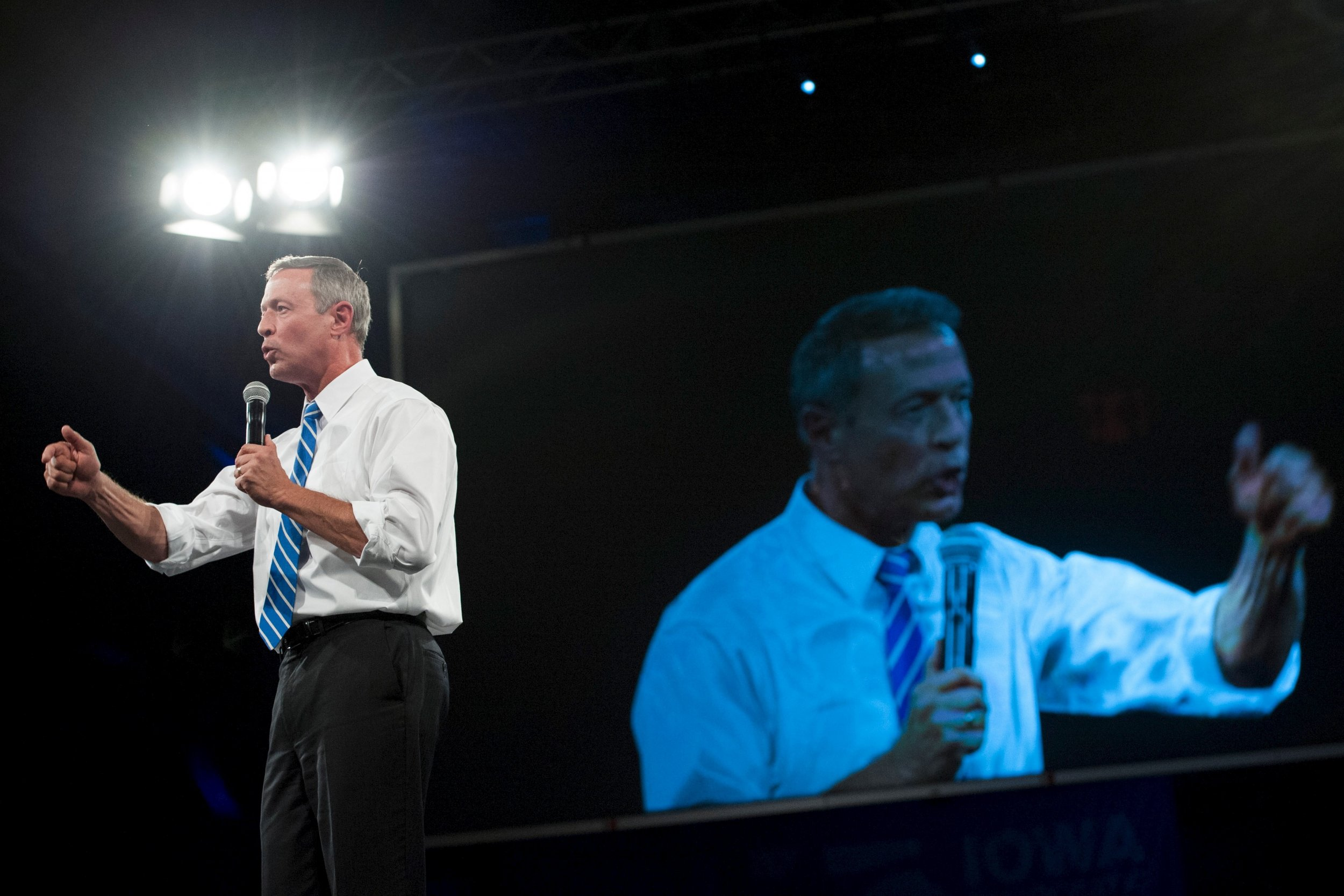 1103_Martin_O'Malley_gun_pledge_01
