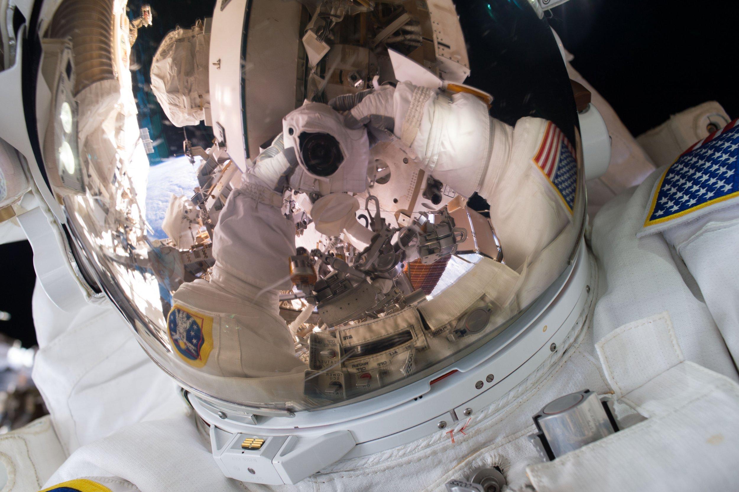 11-4-15 Spacewalk Selfie