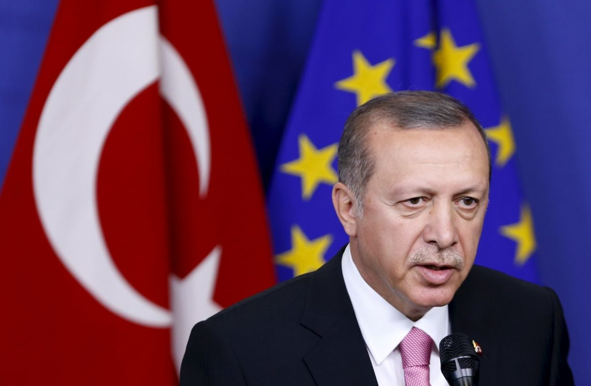 E.U. criticises Turkish democratic reforms