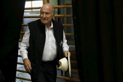 1111_Sepp_Blatter_hospitalized_01