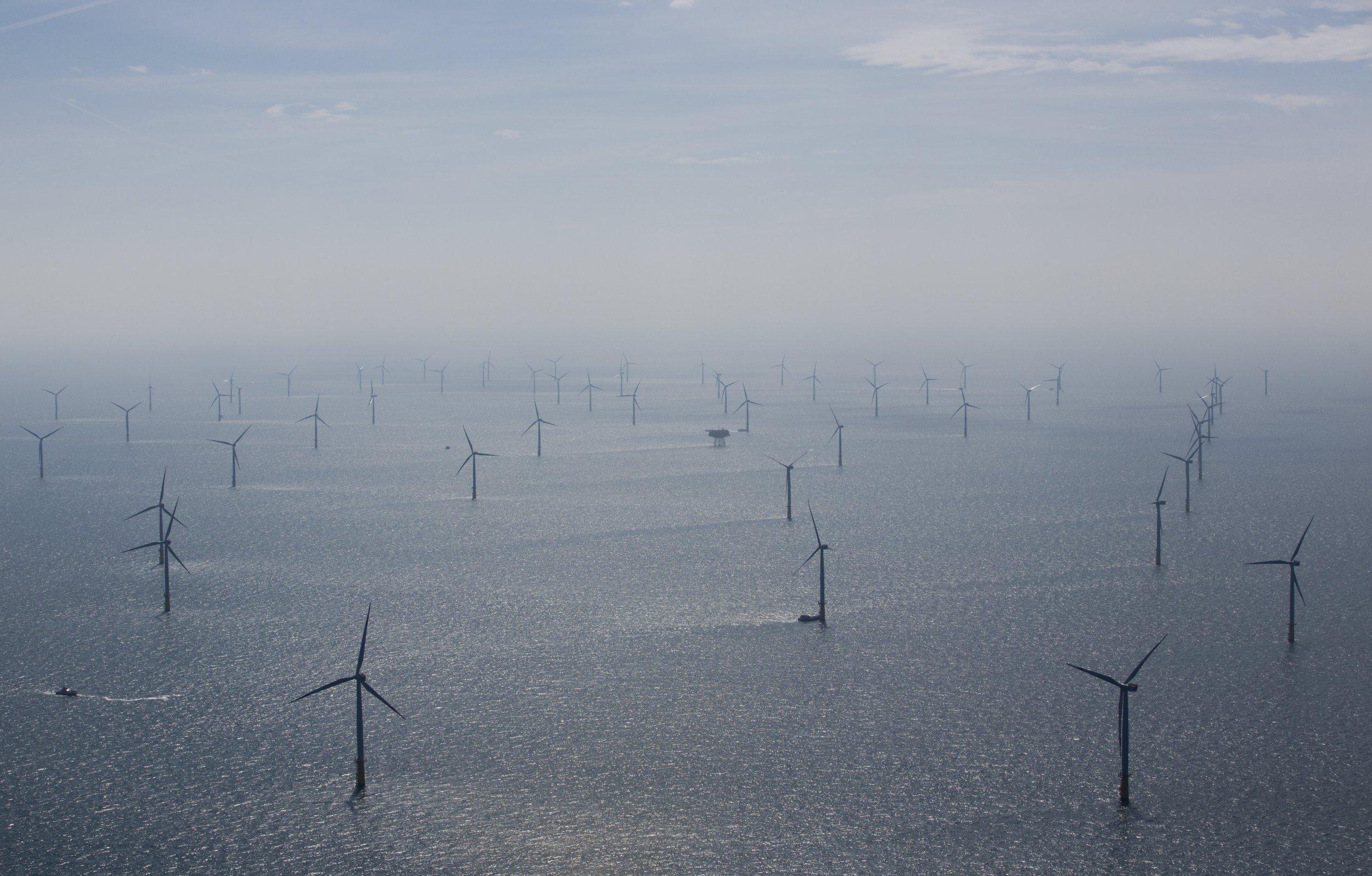 wind-turbines-northsea