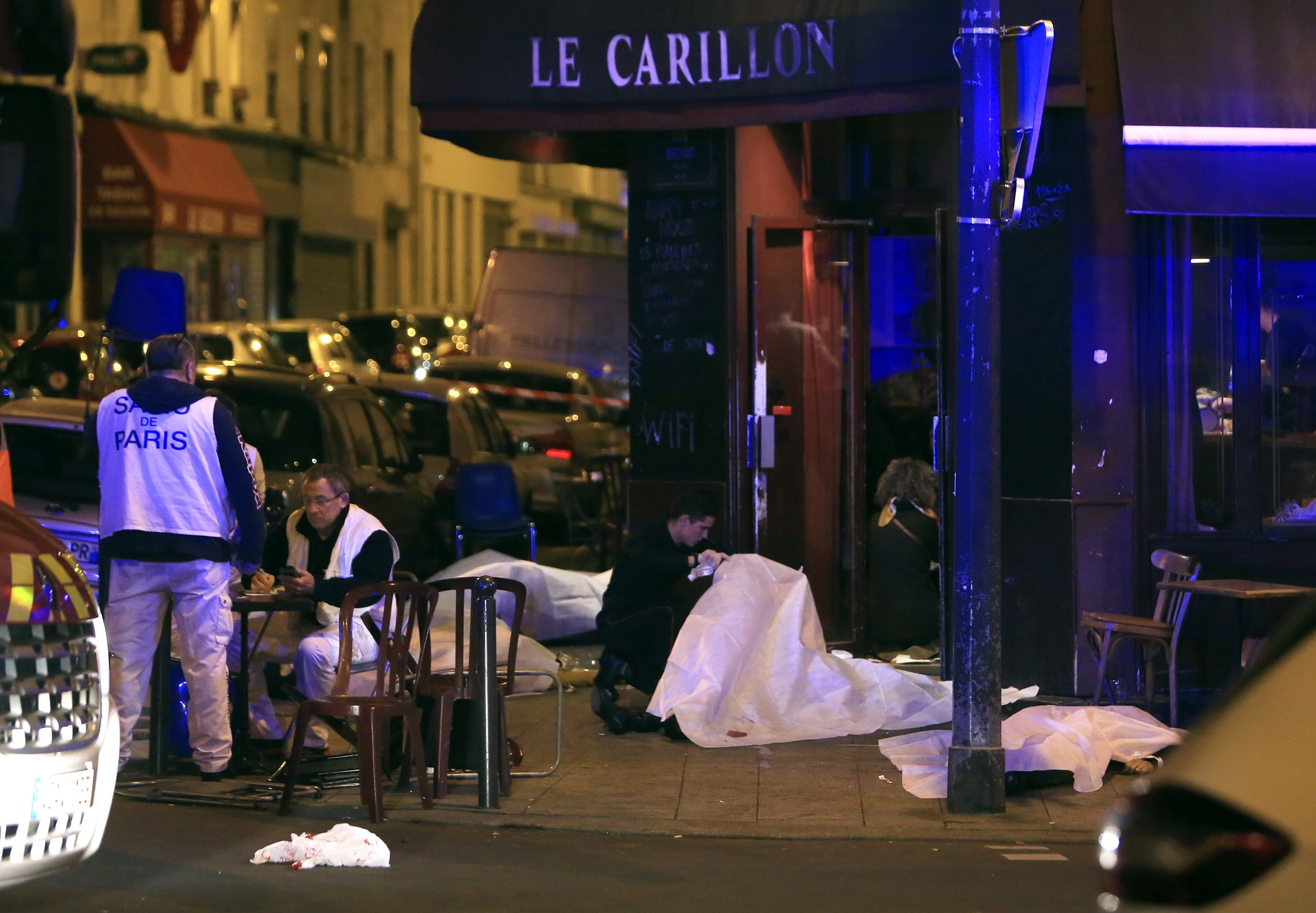 11_13_ParisShooting_01