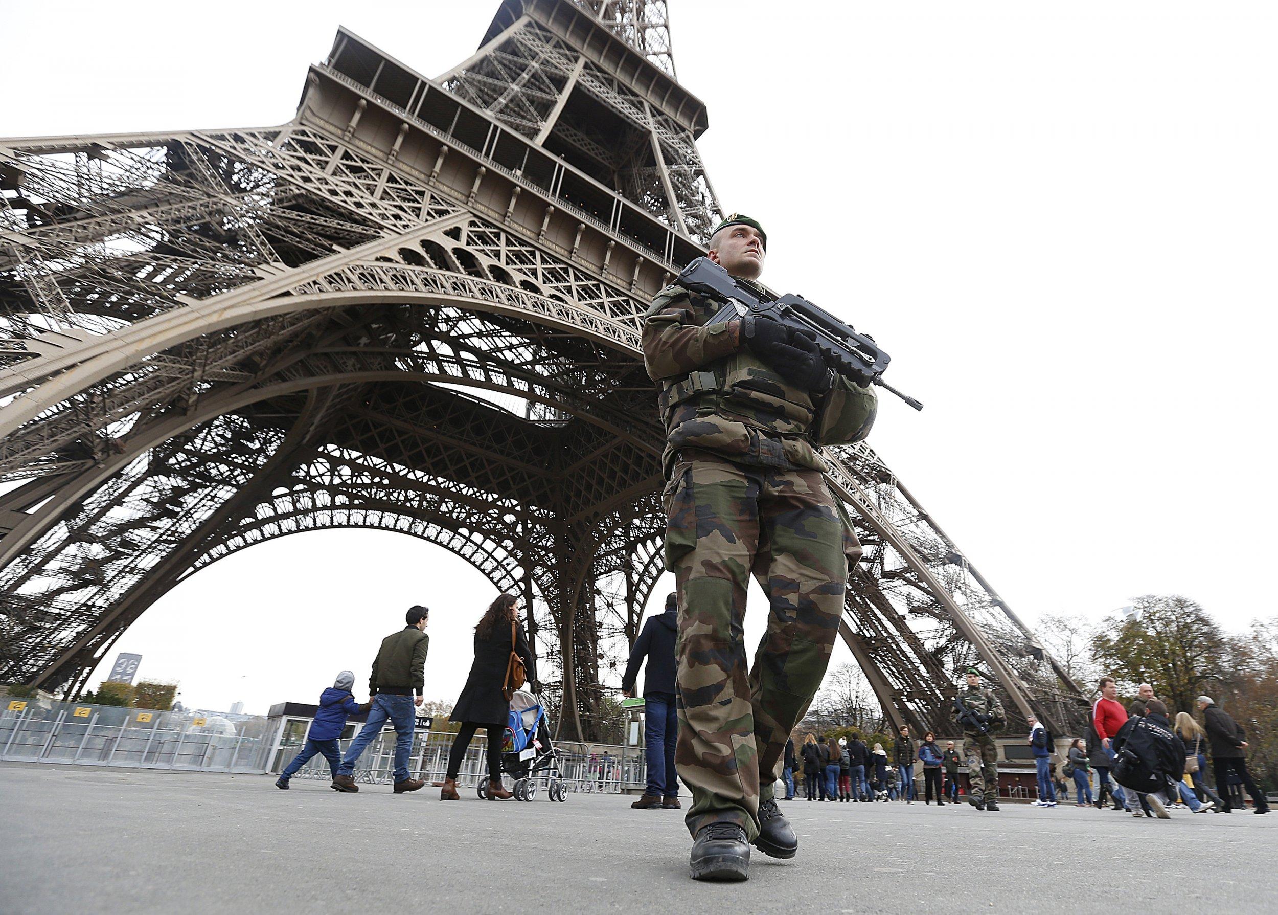11_14_EiffelTower