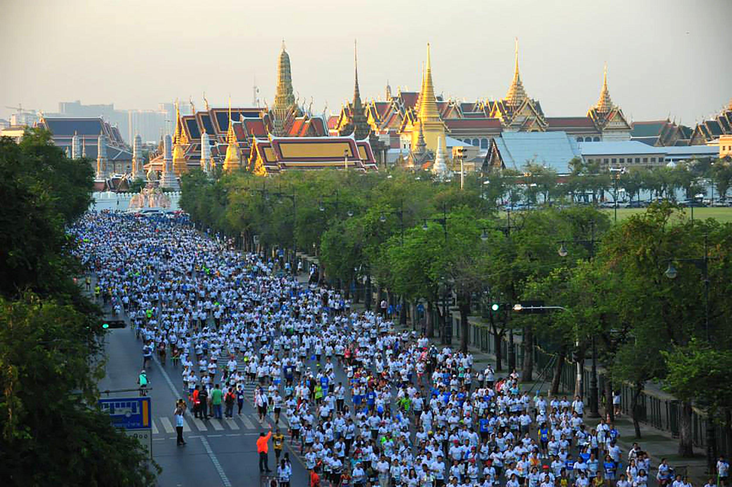 11_16_BangkokHalfMarathon_01