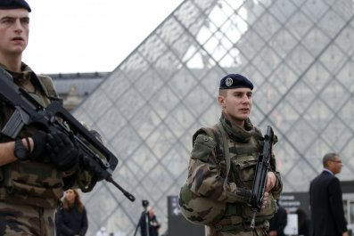 french-soldier-louvre