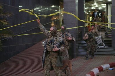 1112_Mali Attacks Putin