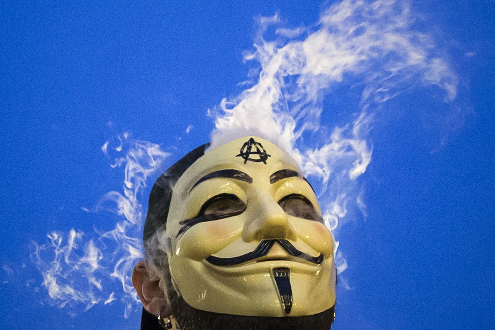 11_24_Anonymous_ISIS