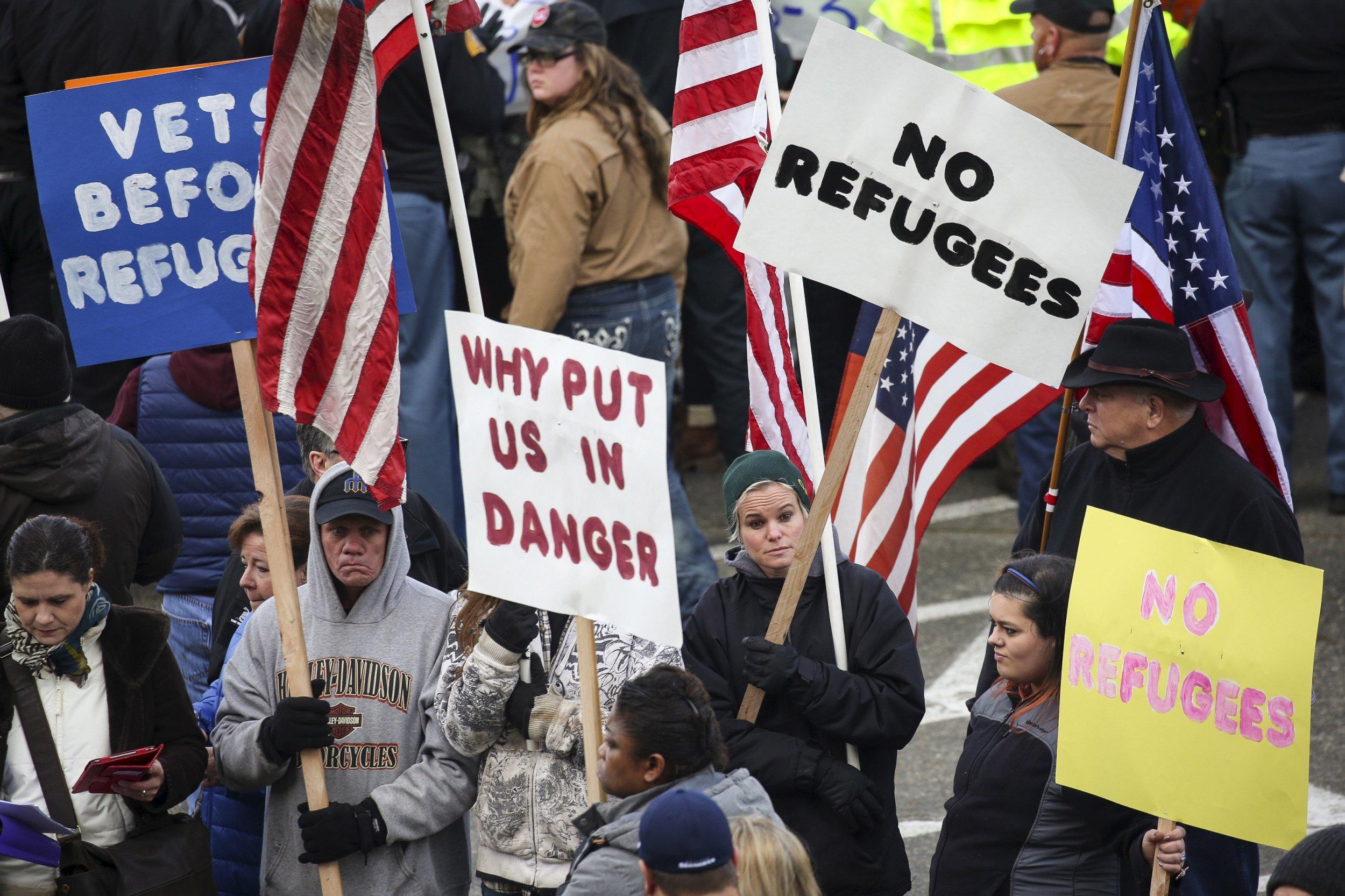 1124_US Syria Refugees