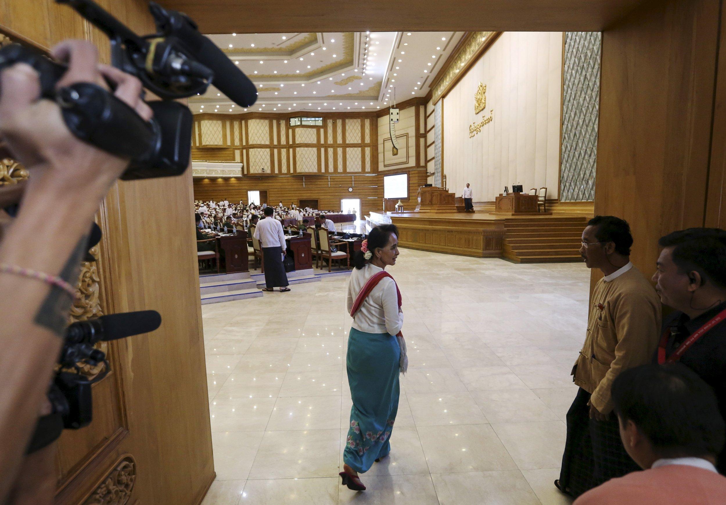 1124_Myanmar_Aung San Suu Kyi