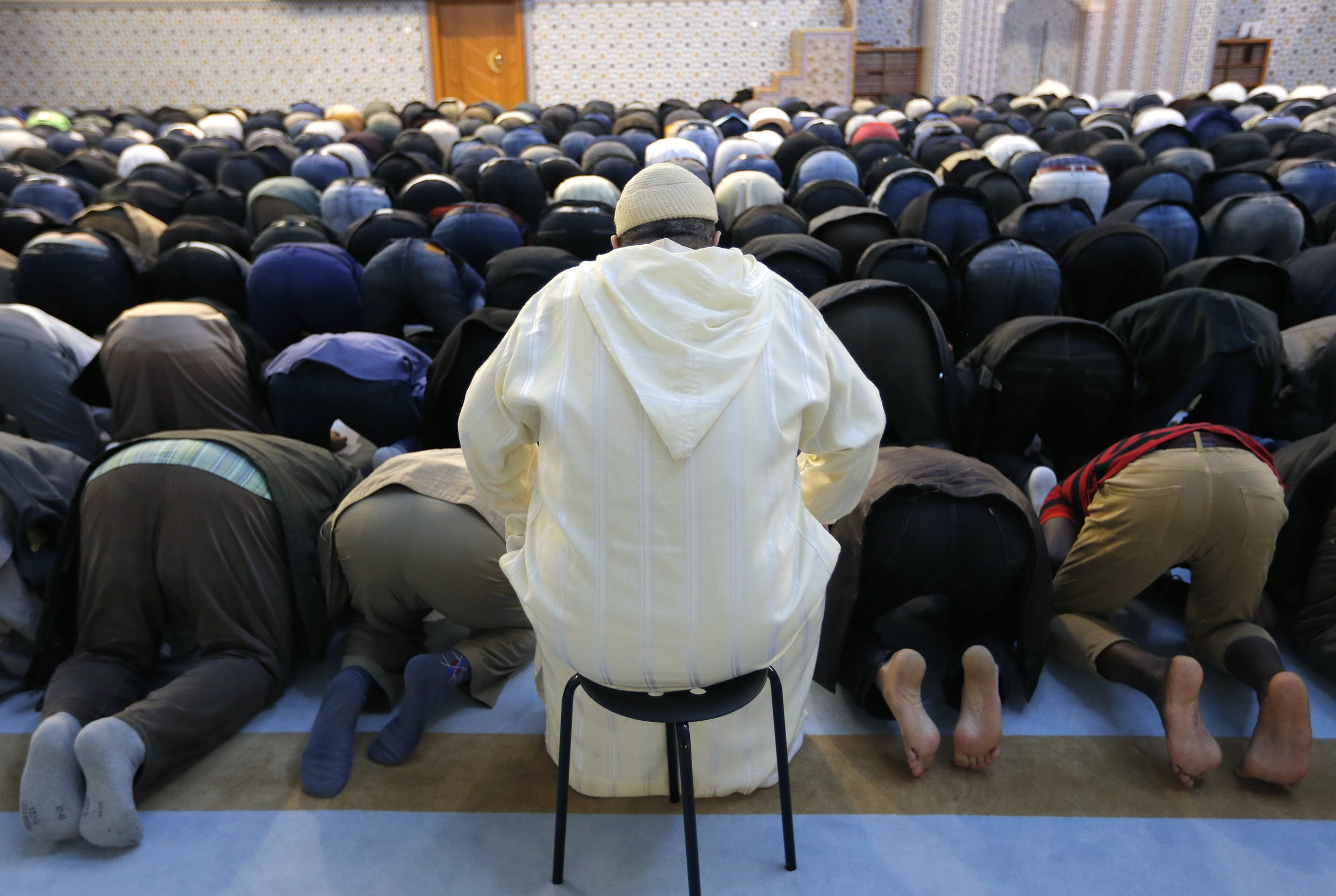 French Muslim Body to Give Imams Licenses to Preach