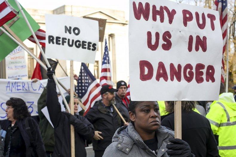 1125_refugee_protest2
