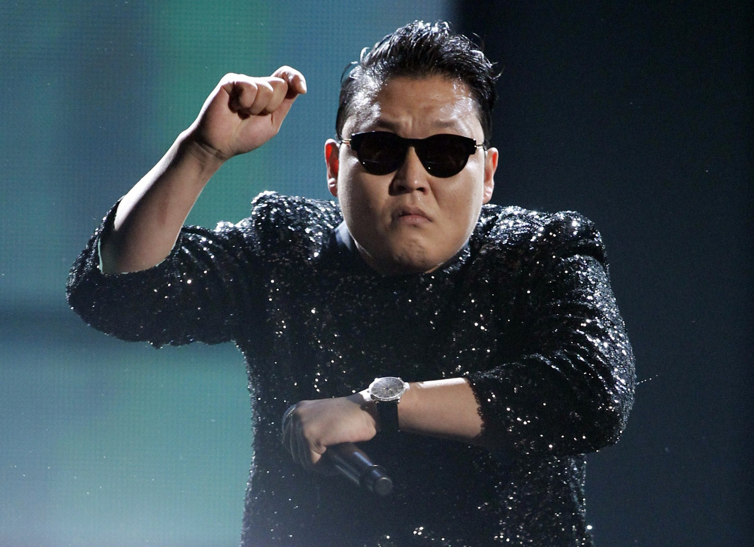 """Psy attends the premiere of """"RED 2"""" at the Westwood Village ..."""