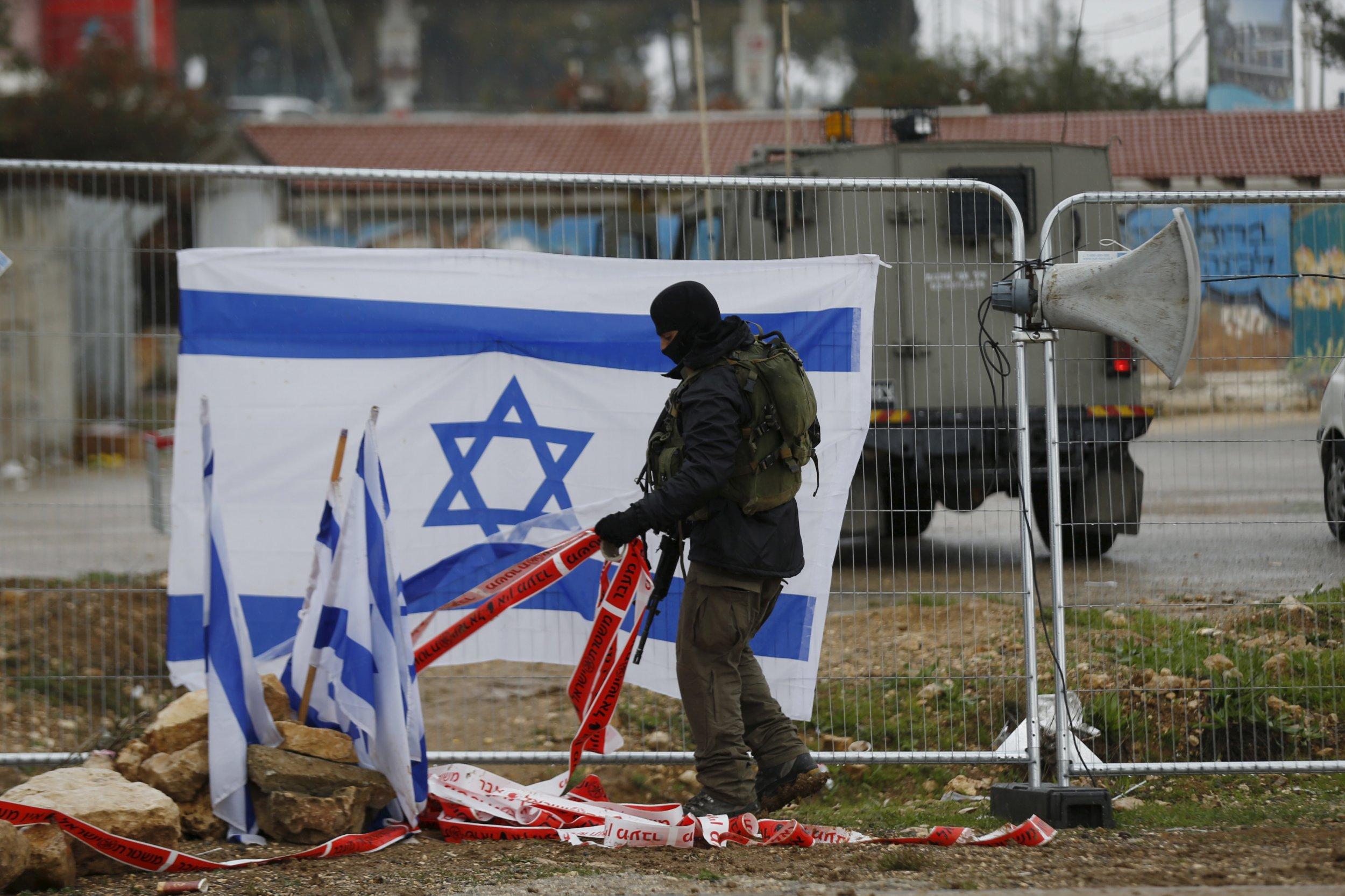 1201_israeli_soldier