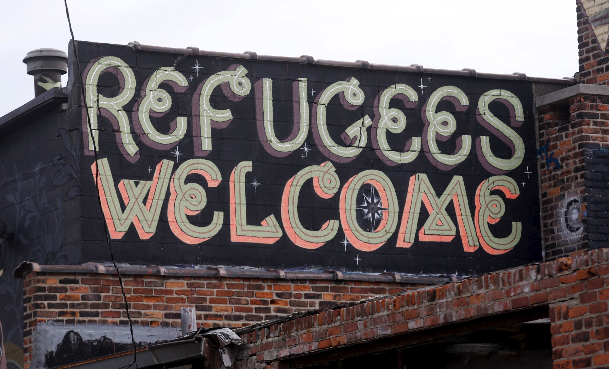 12_01_RefugeesWelcome_01