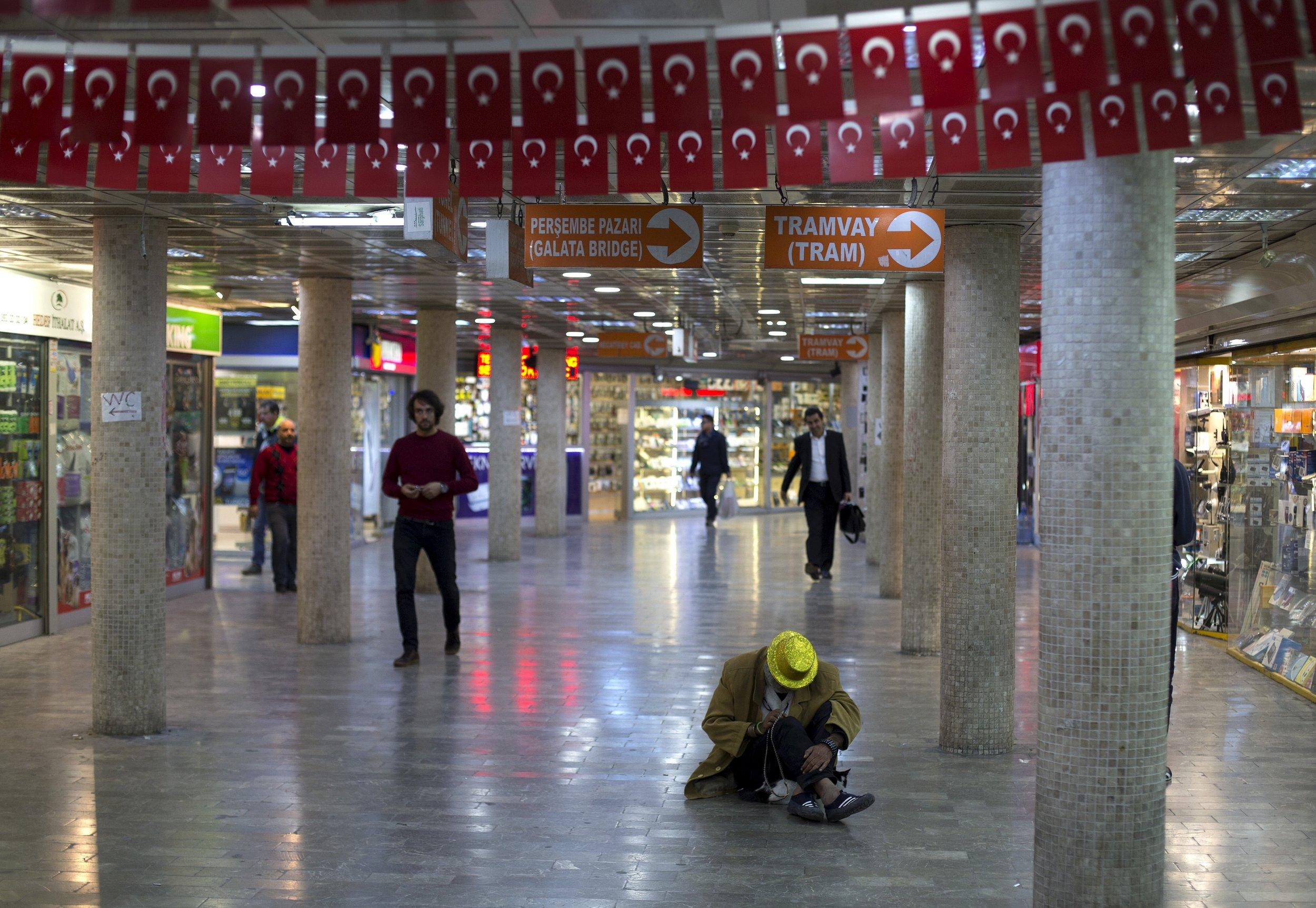 12_01_Istanbul_Subway