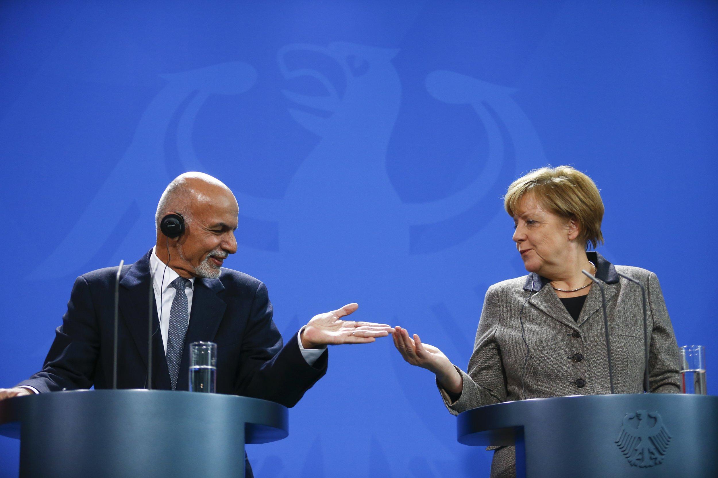 12_03_Merkel_01