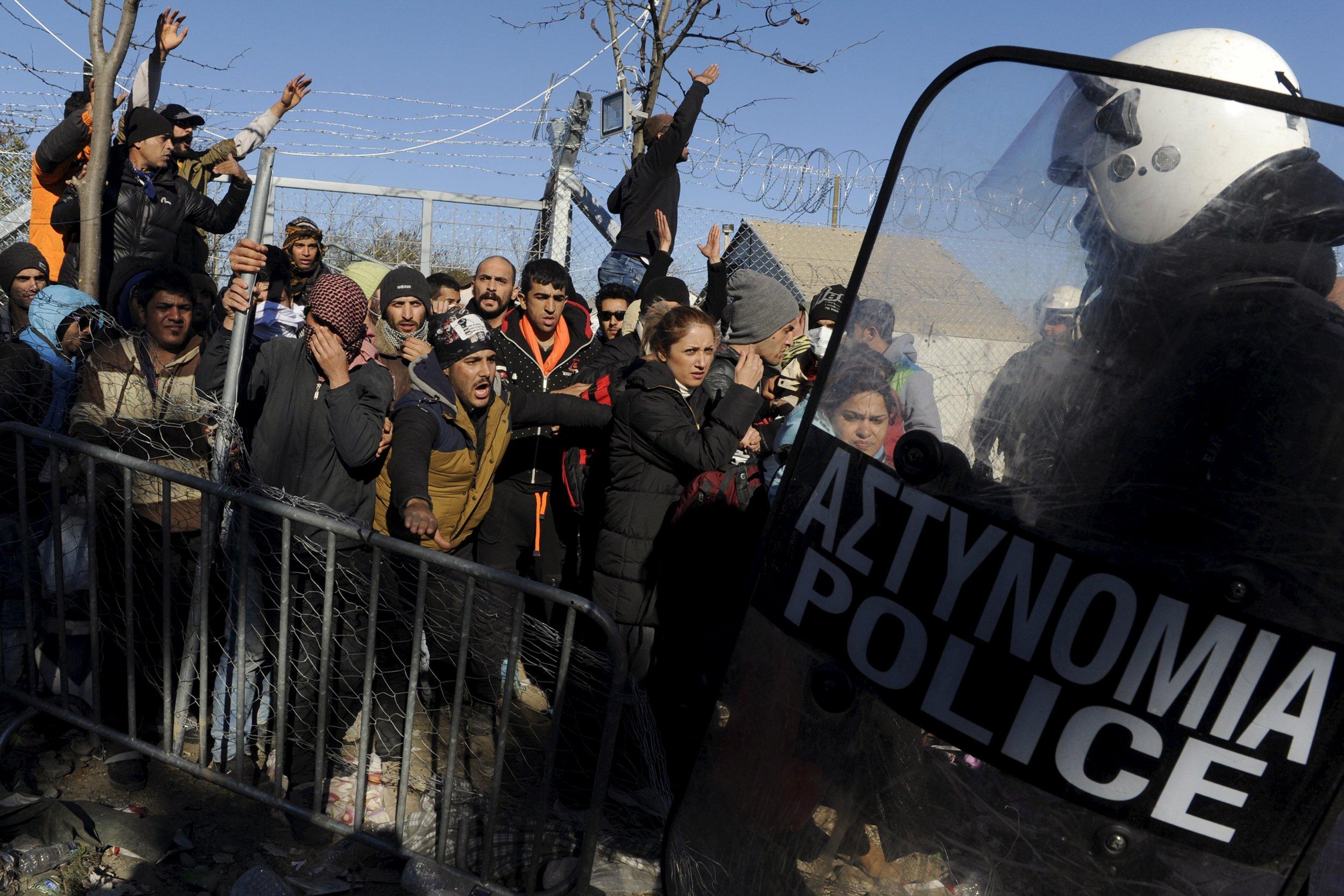 0203_Greece_Macedonia_Refugees_Idomeni