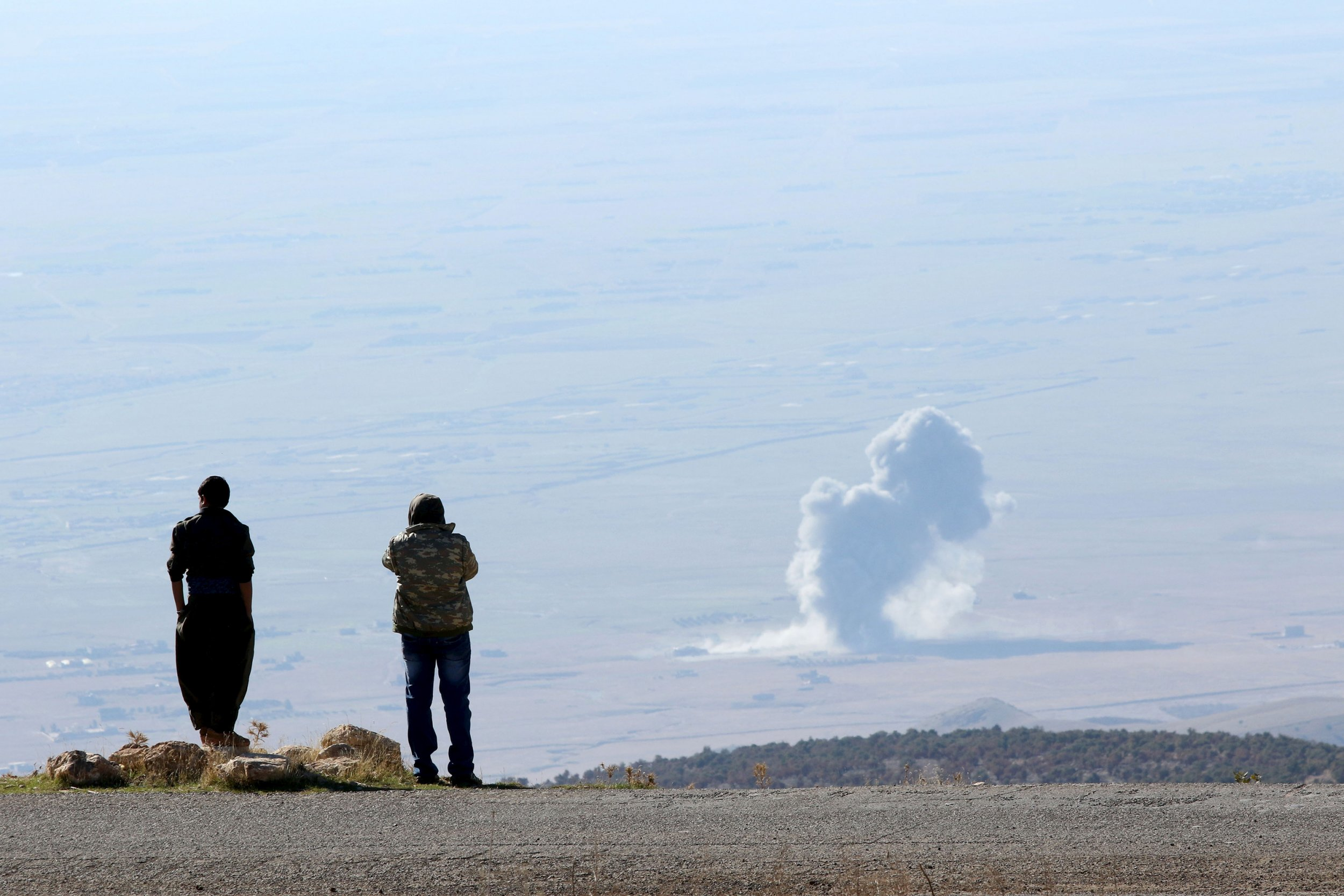 1205_us_isis_airstrike