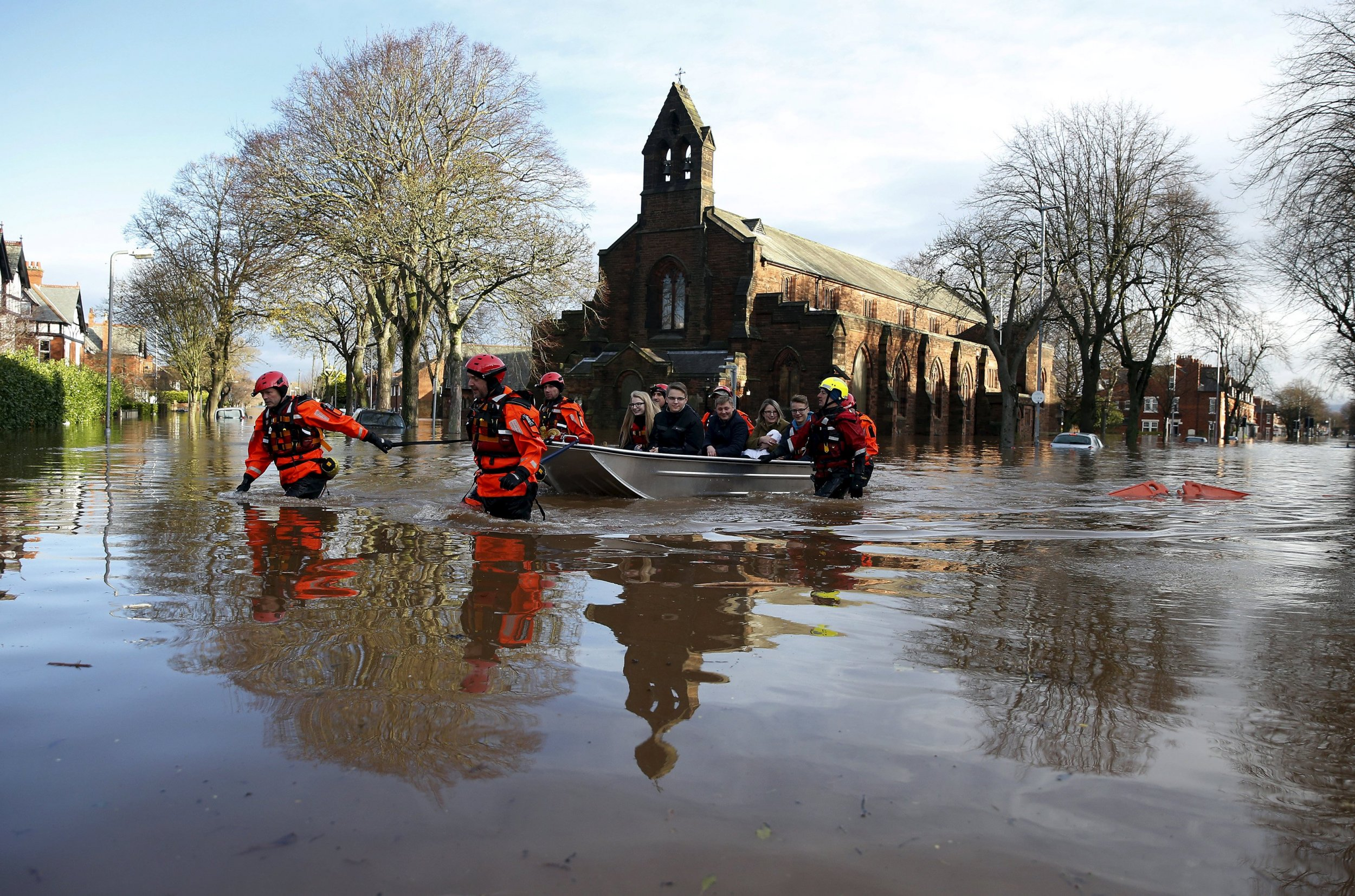 Northwestern Public Health >> Photos: Northern England, Scotland Battered by Floods Tied ...