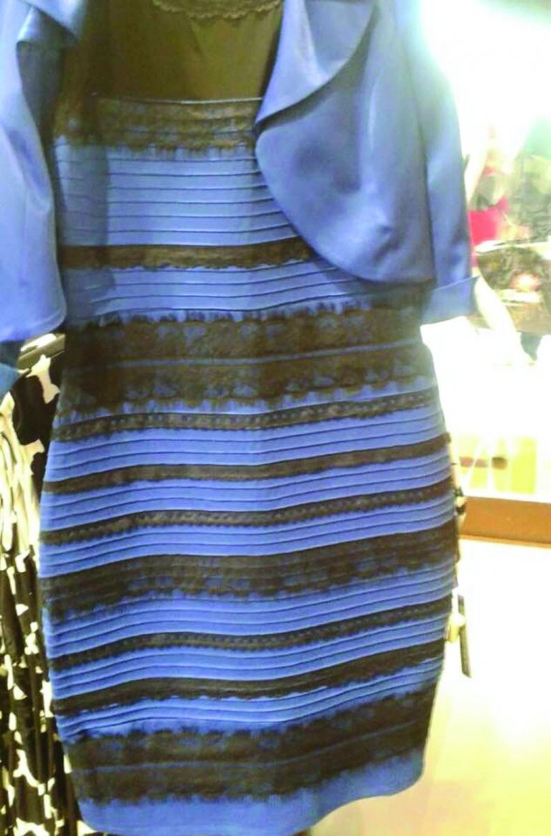 1425006430_what-color-dress-zoom