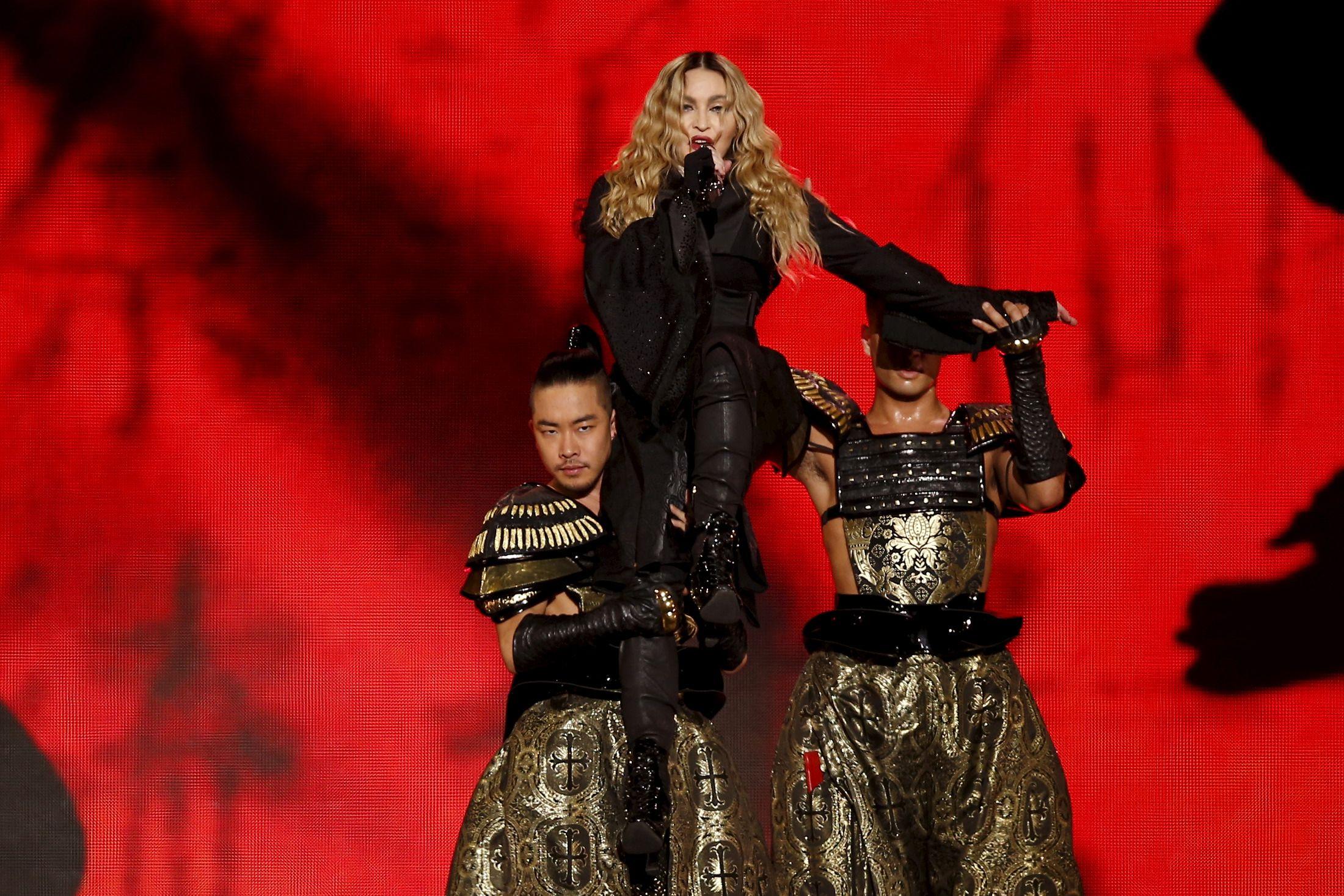 1210-Madonna