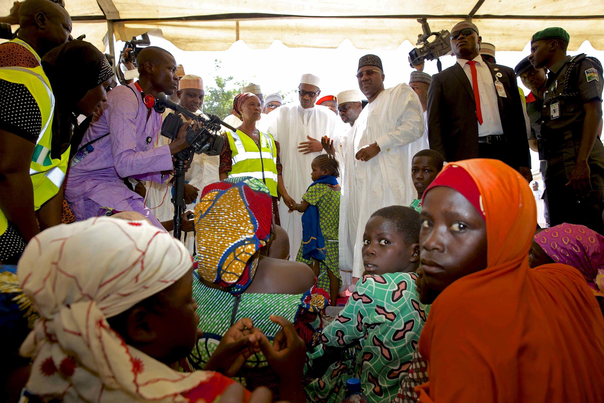 1210_Buhari IDP camp