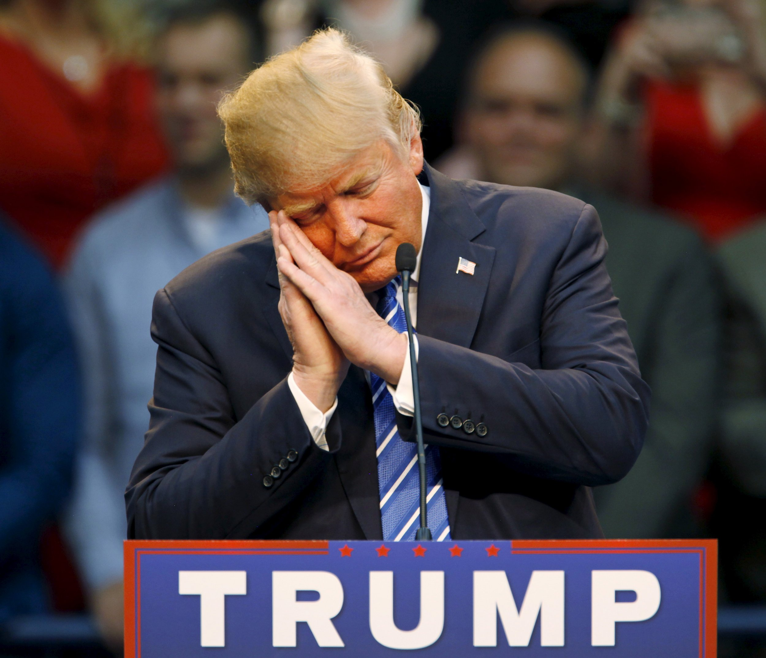 12_10_Trump_01