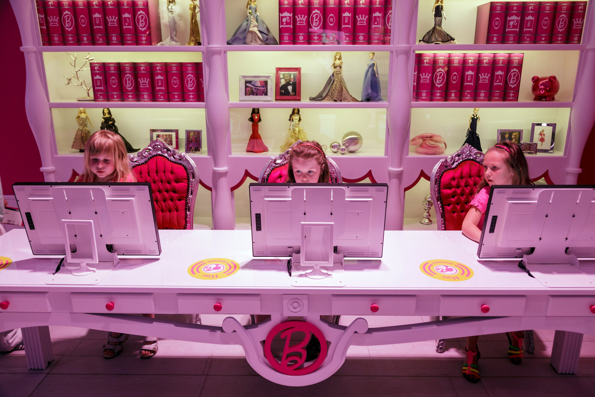 12_25_Barbie_02