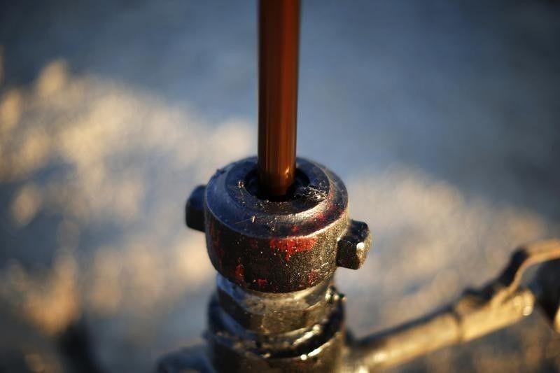12_16_Oil_01