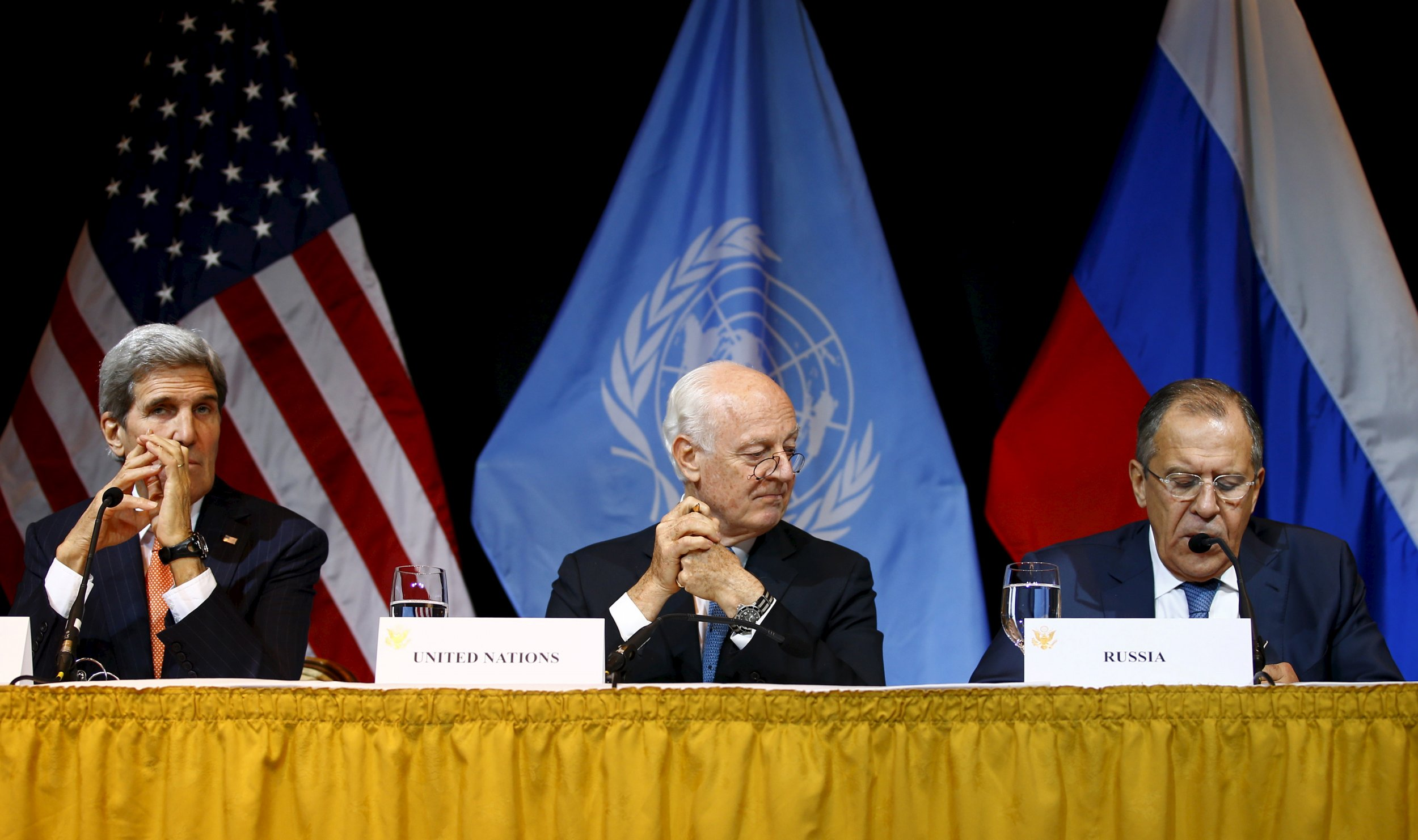 1216_Kerry Syria Peace Talks