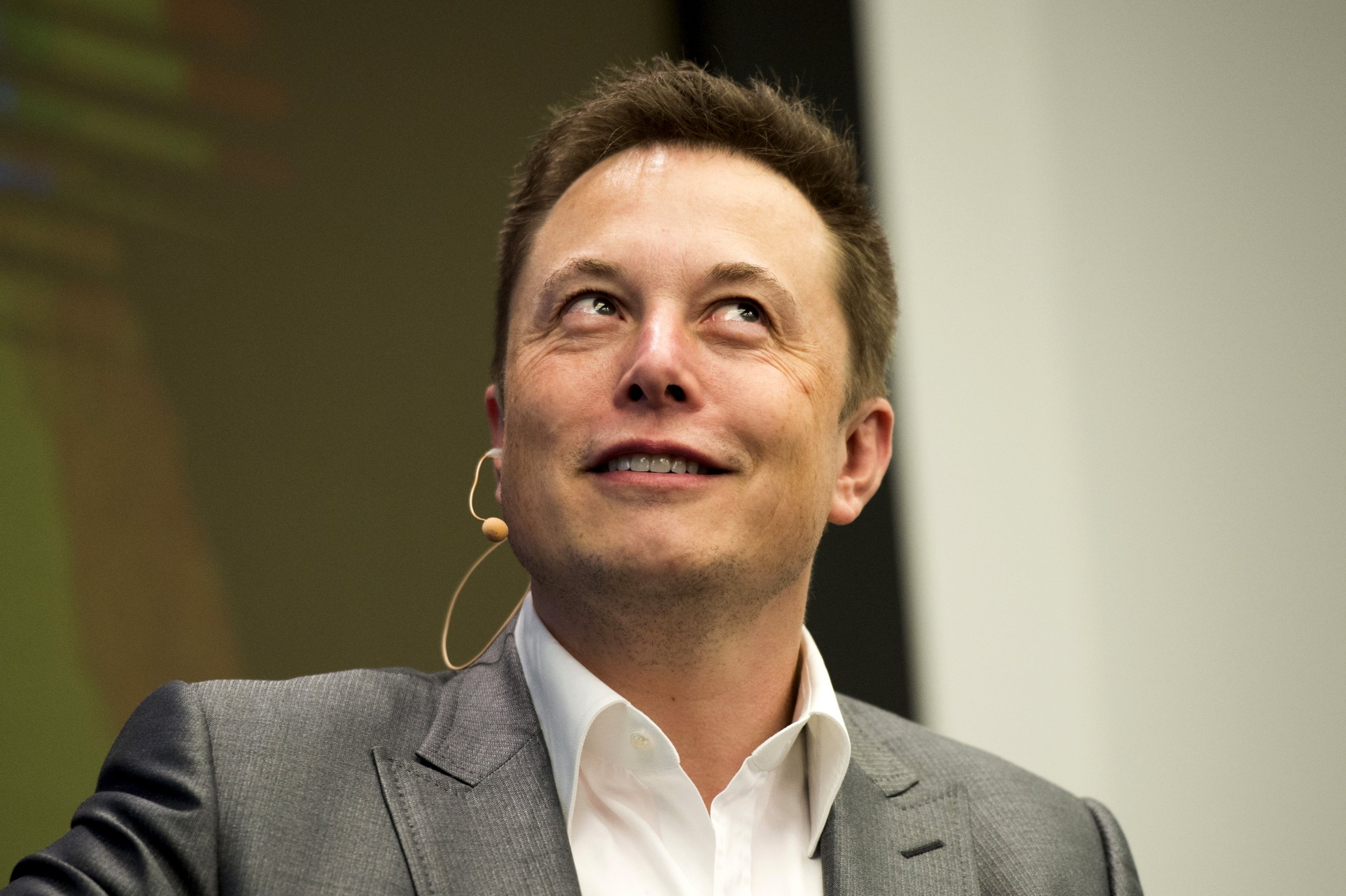Elon Musk Weighs in On Volkswagen Cheating Scandal