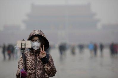 1218_Beijing_Smog_Red_Alert_01